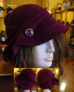 Cloche in feltro bordeaux