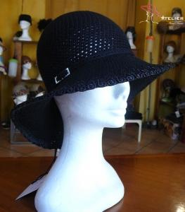Cappello a tesa ampia nero
