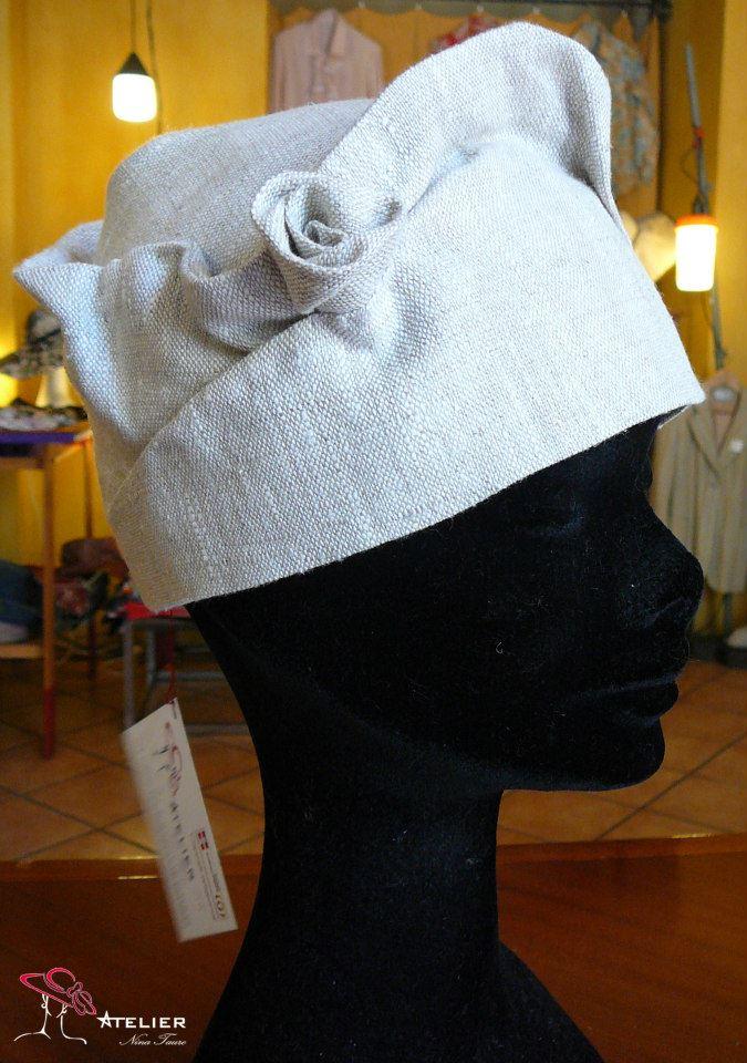 Cappello in lino